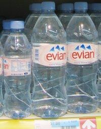Bouteilles d'Evian